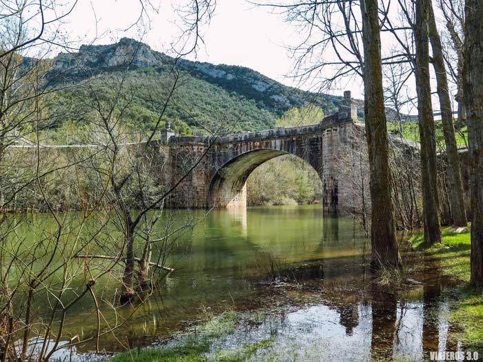 Desfiladero de los Hocinos en Burgos