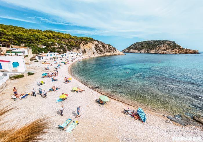 Cala Barraca o Portixol, las mejores playas de Jávea.