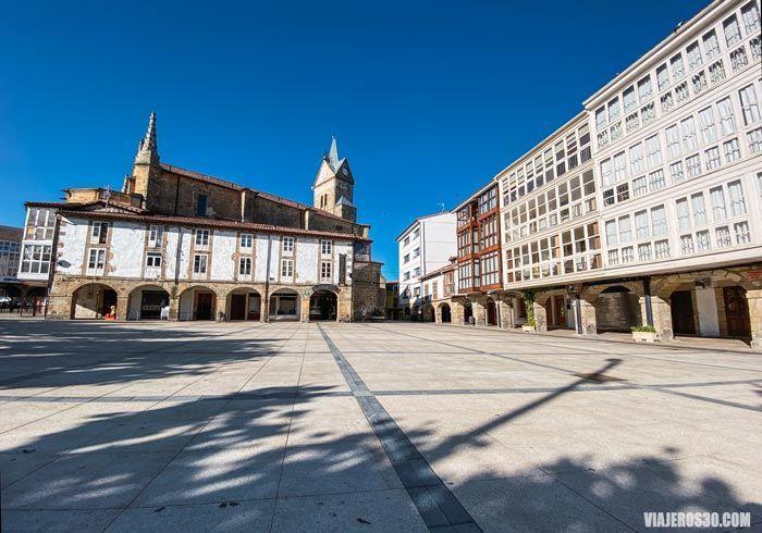 Plaza de Sancho García en Espinosa de los Monteros