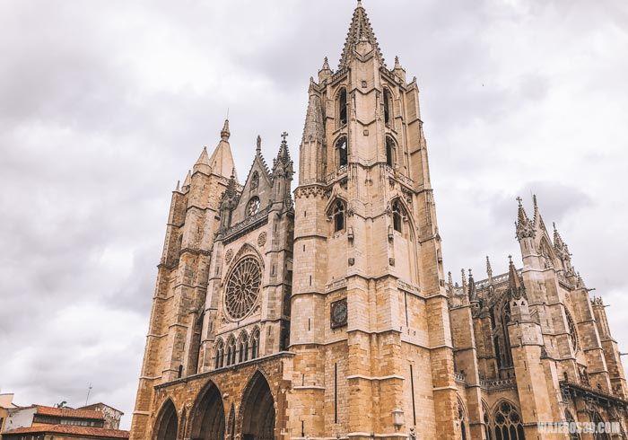 Exterior de la Catedral de León