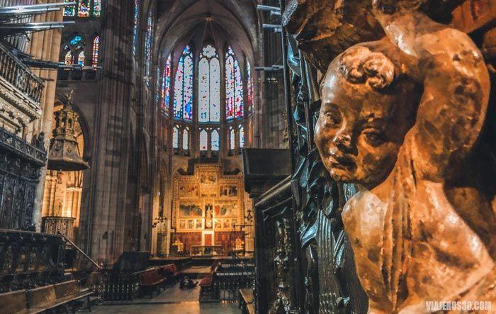 Coro de la Catedral de León, visitas al interior