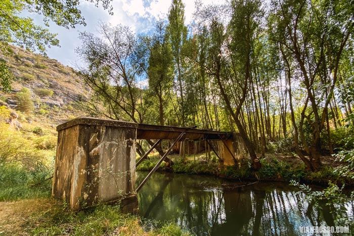 Senda entre puentes, rutas en las Hoces del río Riaza.
