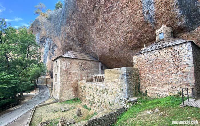 Monasterio de San Juán de la Peña. qué ver en los alrededores de Huesca