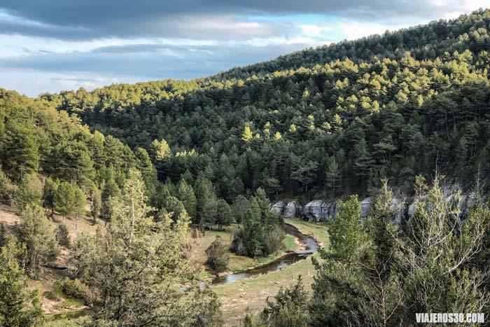 Ruta por el Cañón del Río Lobos en Burgos.