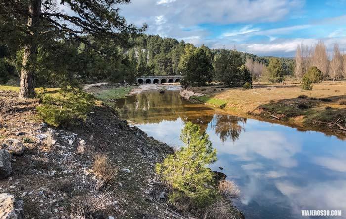 Puente de los Siete Ojos, río Lobos