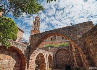 Castrojeriz y la ruta de iglesias que parecen catedrales
