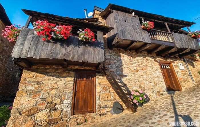 Pueblo de Orellán en León.