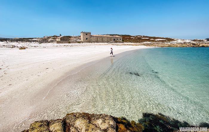 Playa del Almacén en la isla de Sálvora.