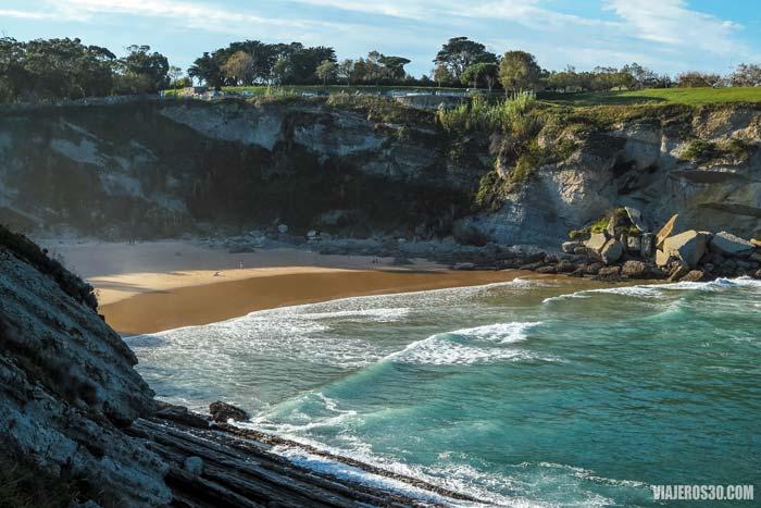 La impresionante playa de Mataleñas.