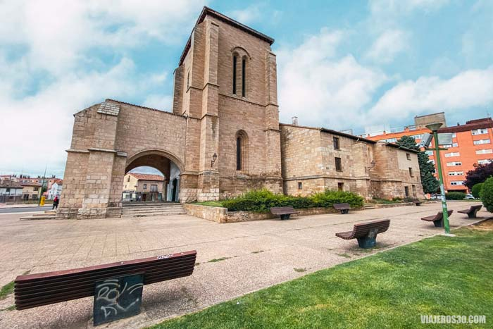 iglesia deSanta María la Real y Antigua en Gamonal