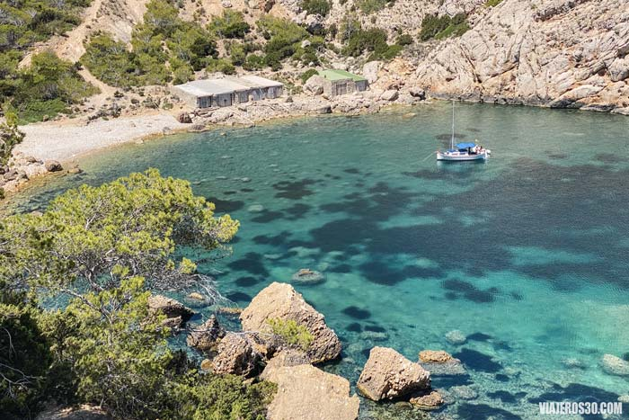Es Portitxol, playas y calas más bonitas de Ibiza.