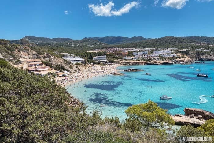 Cala Tarida en Ibiza.