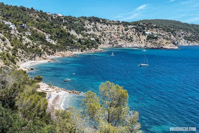 Calas y playas de Ibiza, las mejores