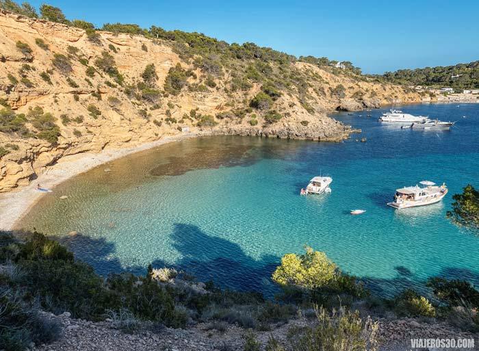 Cala Es Cucó, playas más desconocidas de Ibiza