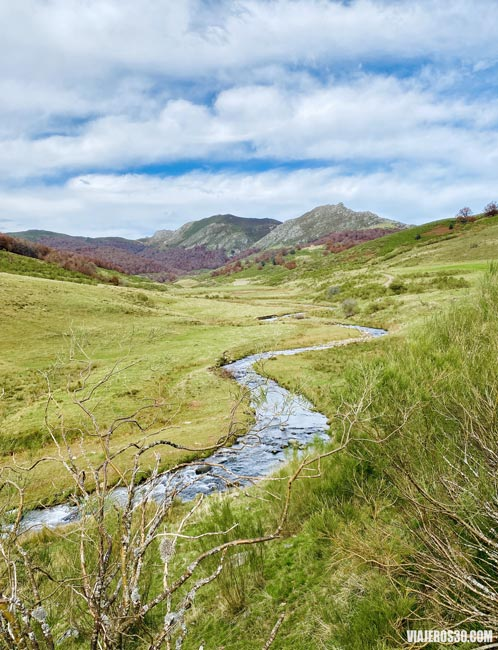 Valle de Valdosín, qué ver en el Macizo de Mampodre.