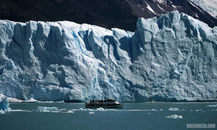 Navegación pared norte del Perito Moreno